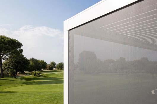Tendal vertical per la protecció solar
